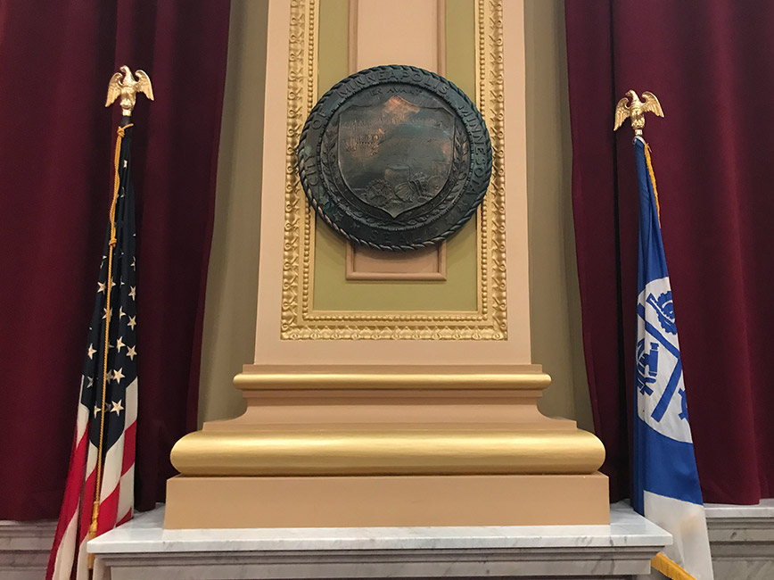 Minneapolis Council Chambers, City seal and flags